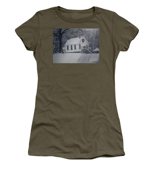 Christmas Card - Snow - Gates Chapel Women's T-Shirt