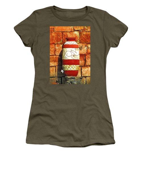 Clay Art Women's T-Shirt
