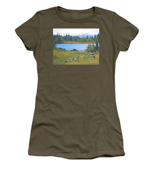 Colorado Mountains Women's T-Shirt (Athletic Fit)