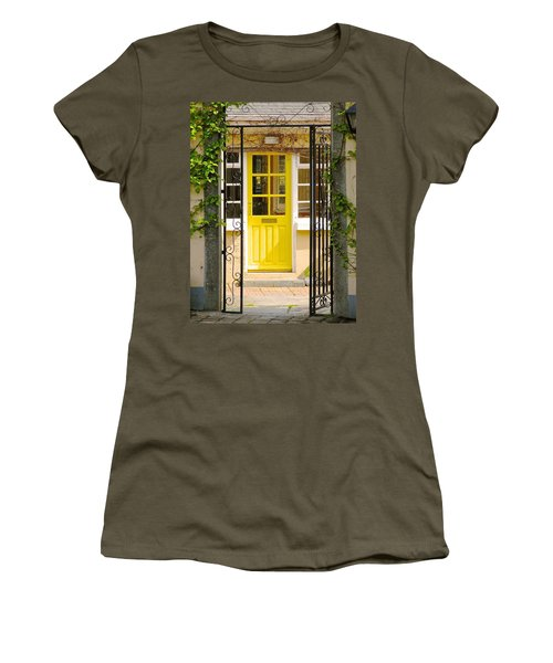 Come On In Women's T-Shirt (Athletic Fit)