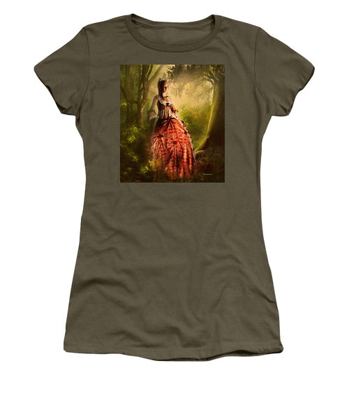 Come To Me In The Moonlight Women's T-Shirt