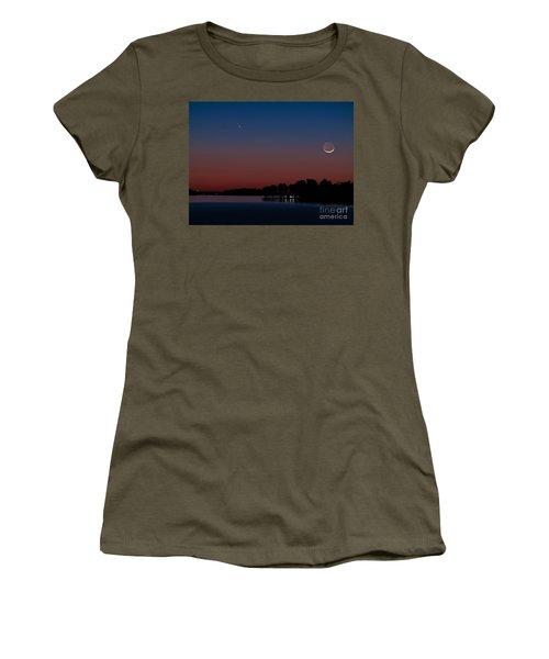 Comet Panstarrs And Crescent Moon Women's T-Shirt