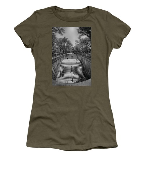 Commute Women's T-Shirt