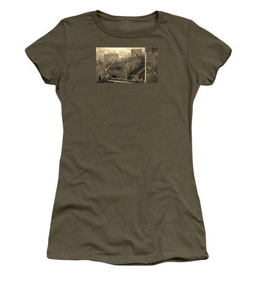 Conwy Castle Women's T-Shirt (Junior Cut) by Richard Brookes