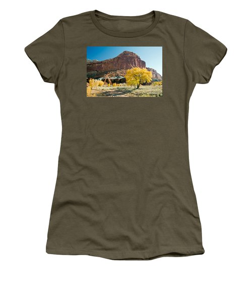 Cottonwoods In Fall The Castlecapitol Reef National Park Women's T-Shirt