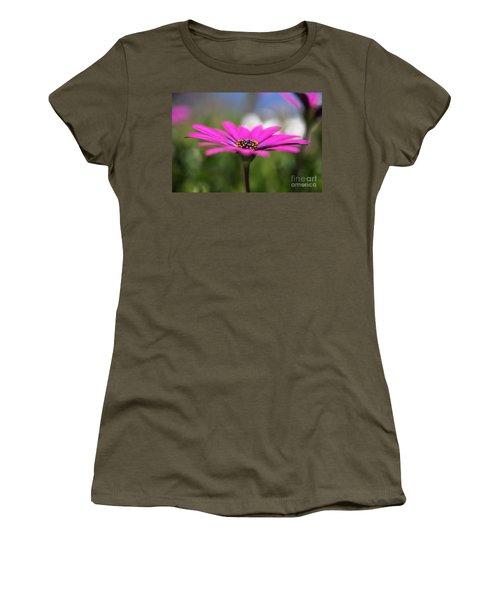 Daisy Dream Women's T-Shirt