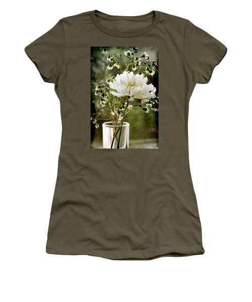 Daisy Mum  3 Women's T-Shirt