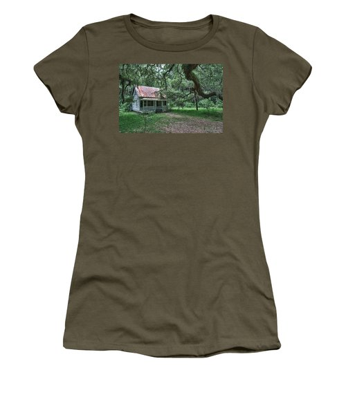 Daufuskie Homestead Women's T-Shirt (Athletic Fit)