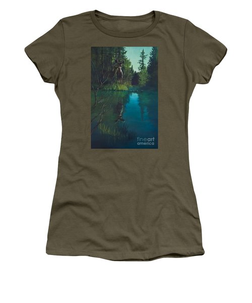 Deer Crossing Women's T-Shirt