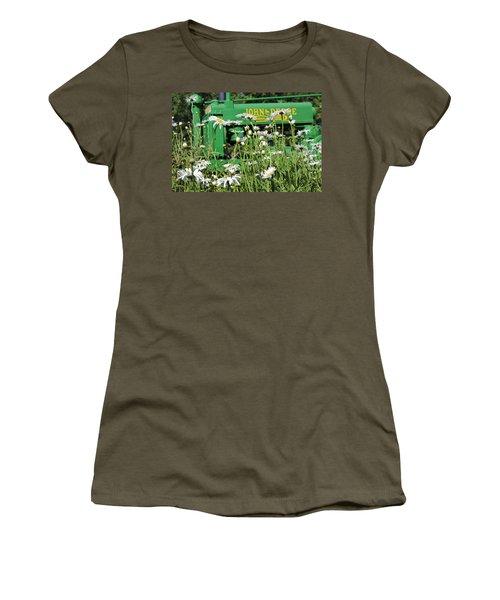 Deere 1 Women's T-Shirt (Athletic Fit)