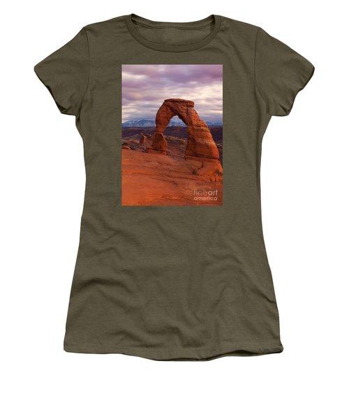 Delicate Arch Dusk Women's T-Shirt