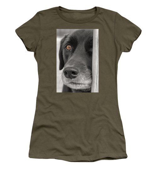Dog Peek A Boo Women's T-Shirt