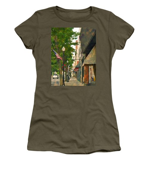 Downtown Usa Women's T-Shirt (Athletic Fit)