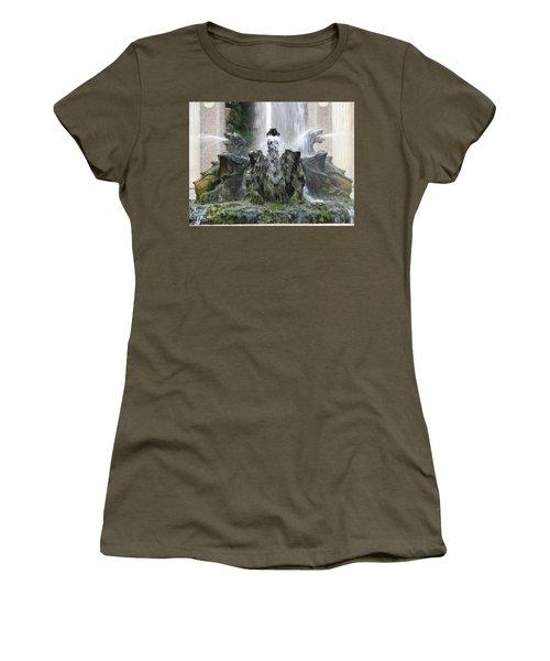 Dragon Fountain Women's T-Shirt