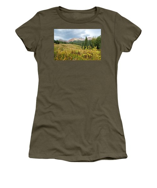 Early Autumn In The San Juans -  Mount Wilson And Wilson Peak Women's T-Shirt