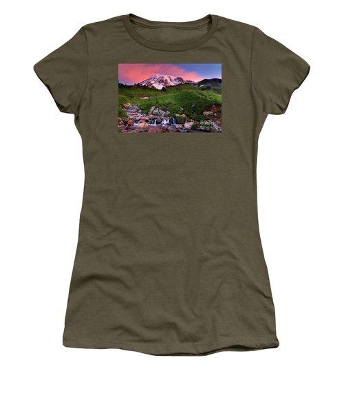Edith Creek Sunrise Women's T-Shirt