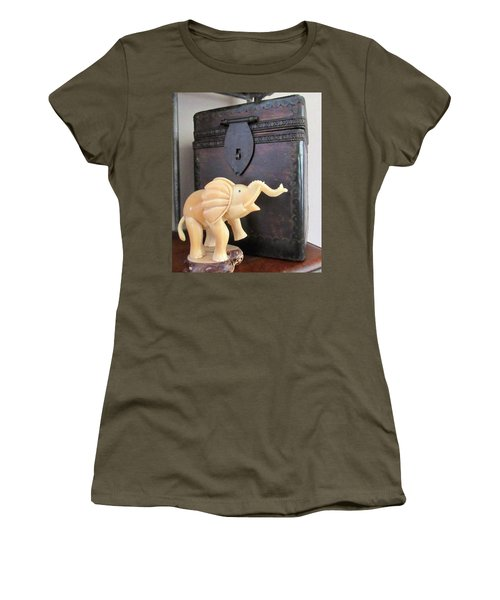 Elephant With Elephant Box Women's T-Shirt