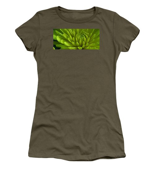 Emerald Dahlia Women's T-Shirt (Athletic Fit)