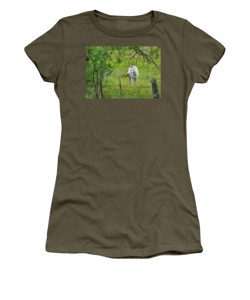 Eye On Beauty Women's T-Shirt