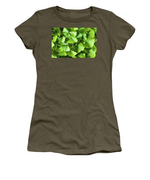 Fan Shaped Leaves Women's T-Shirt