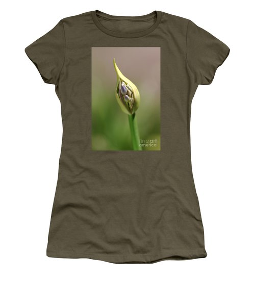 Flower-agapanthus-bud Women's T-Shirt