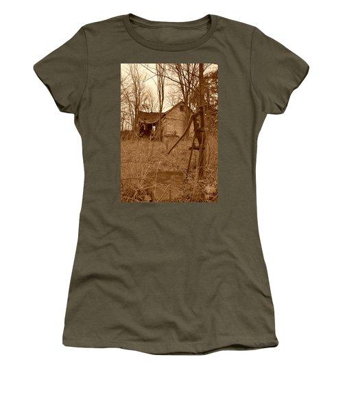 Forgotten Farmhouse Women's T-Shirt (Athletic Fit)