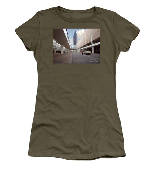 Frankfurter Messe Turm Women's T-Shirt