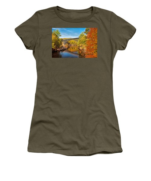 French King Bridge In Autumn Women's T-Shirt (Athletic Fit)