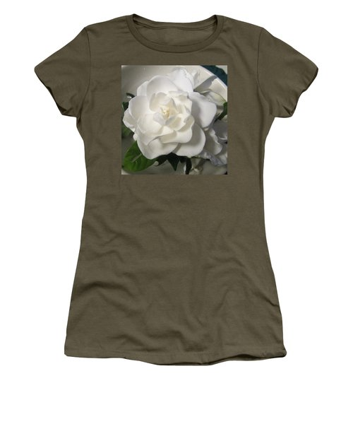 Gardenia Bowl Women's T-Shirt (Athletic Fit)