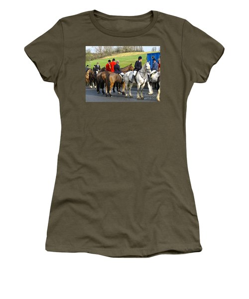 Women's T-Shirt (Junior Cut) featuring the photograph Gathering For The Hunt by Suzanne Oesterling