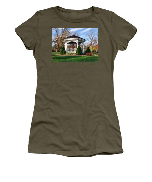 Women's T-Shirt featuring the photograph Gazebo At Olmsted Falls - 1 by Mark Madere