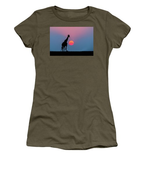 Giraffe At Sunset Chobe Np Botswana Women's T-Shirt