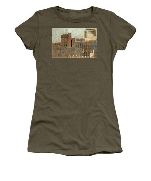 Go  Minnesota Twins Women's T-Shirt (Athletic Fit)