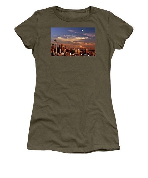 Golden Seattle Women's T-Shirt