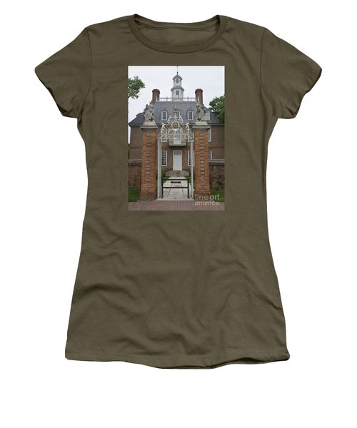 Governors Palace Women's T-Shirt