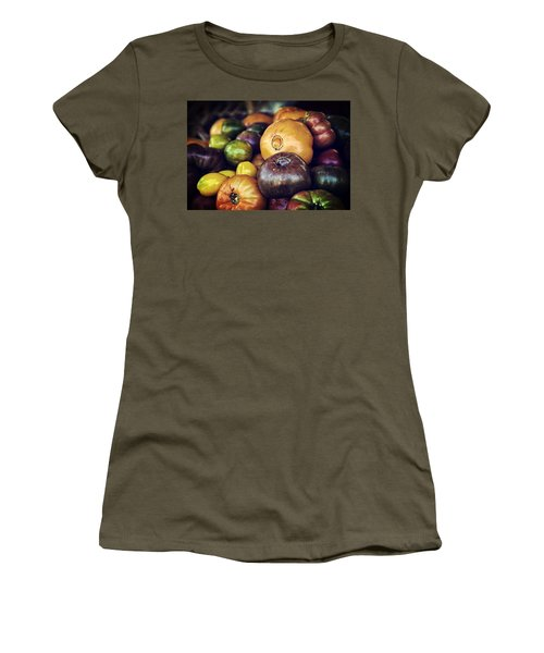 Heirloom Tomatoes At The Farmers Market Women's T-Shirt (Athletic Fit)