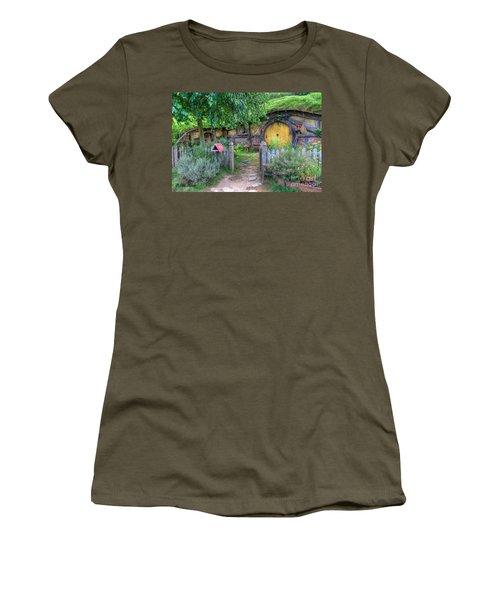Hobbit Hole 2 Women's T-Shirt (Athletic Fit)