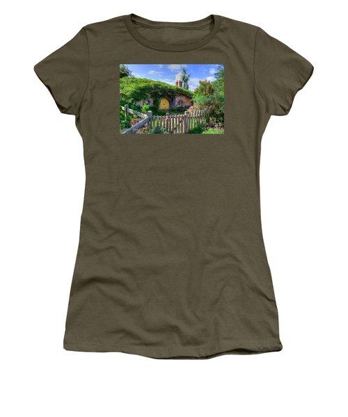 Hobbit Hole 7a Women's T-Shirt (Athletic Fit)