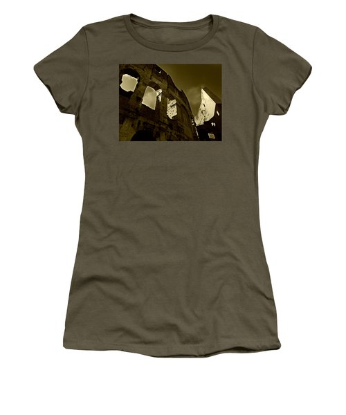 Il Colosseo Women's T-Shirt (Junior Cut) by Micki Findlay