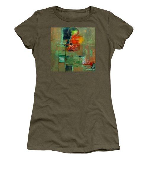 Improvisation Women's T-Shirt