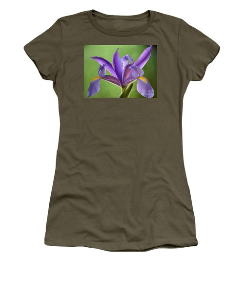 Iris Elegance Women's T-Shirt (Athletic Fit)