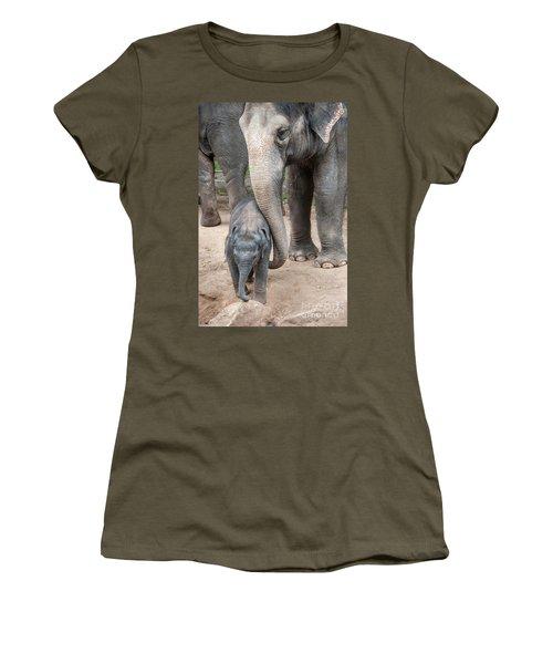 Jumbo Love Women's T-Shirt (Athletic Fit)