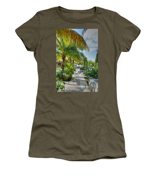 La Isla Bonita Women's T-Shirt