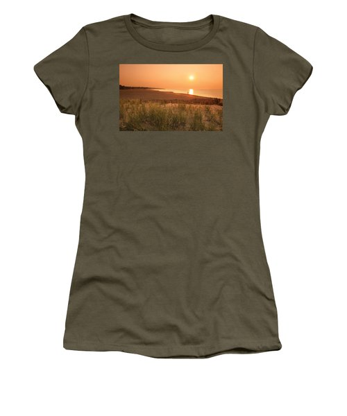 Lake Erie Sunset Women's T-Shirt (Athletic Fit)