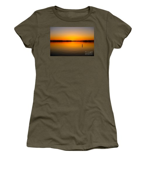 Lake Independence Sunset Women's T-Shirt