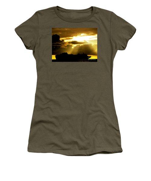 Women's T-Shirt (Junior Cut) featuring the photograph Leaving Kona by David Lawson