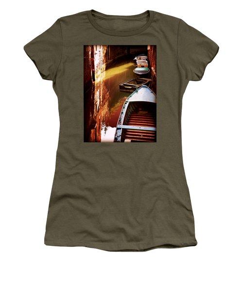 Legata Nel Canale Women's T-Shirt