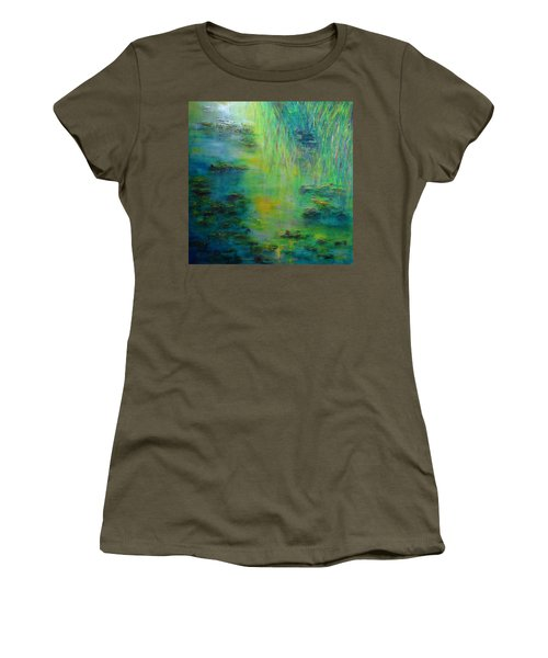 Lily Pond Tribute To Monet Women's T-Shirt (Athletic Fit)