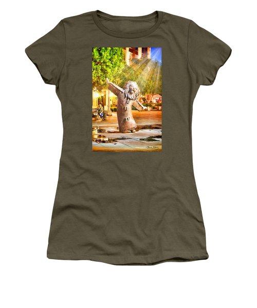 Lion Fountain Women's T-Shirt