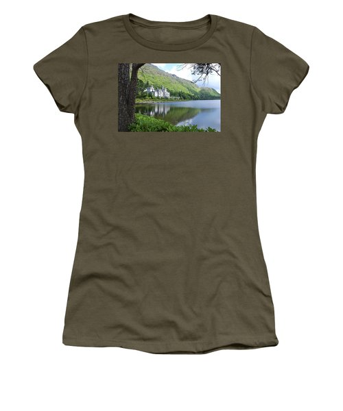 Lovely Kylemore Abbey Women's T-Shirt